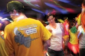 Gallery: Link Crew Neon Dance