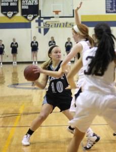 Girls Basketball Falls to Olathe Northwest