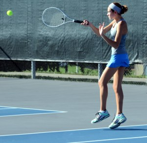 Gallery: Tennis vs. Lincoln Prep Academy