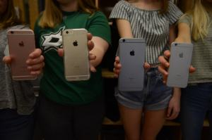 Apple Reveals iPhone SE