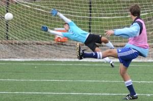 Gallery: Boys Varsity Soccer Practice