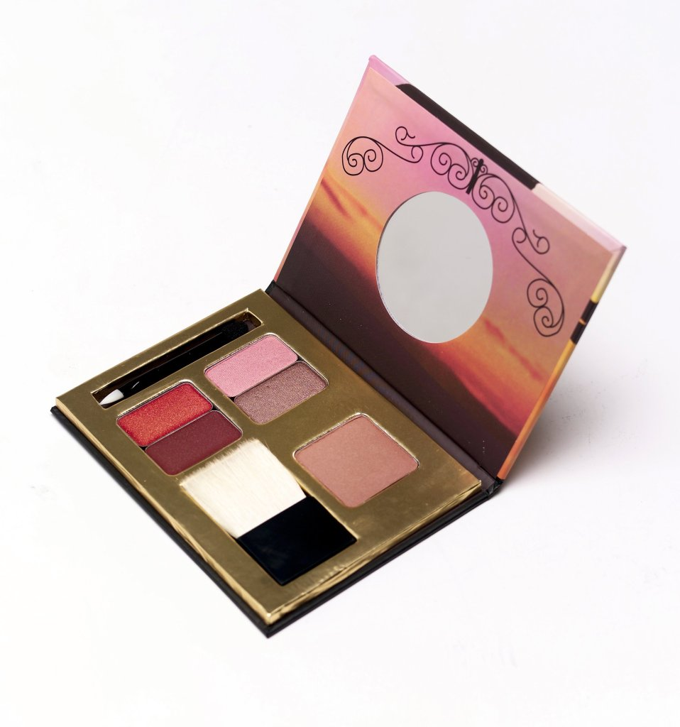 "Benefit's limited-edition holiday palette ""Dallas."" (Sam Granado/Dallas Morning News/MCT)"