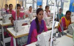 Textile industry extends support for cashless economy