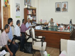 Giriraj Singh and Ministry review PMEGP findings2