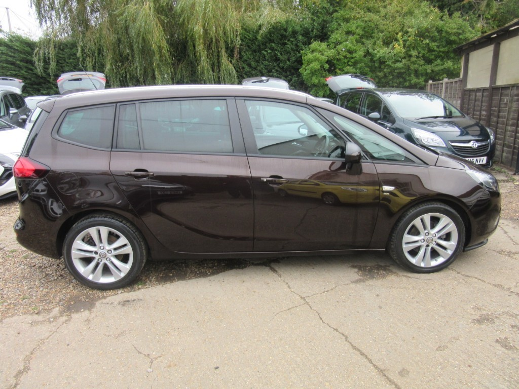 Vauxhall City Windlesham Used Macadamia Vauxhall Zafira Tourer For Sale Surrey