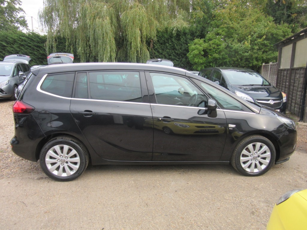 Vauxhall City Windlesham Used Diamond Black Vauxhall Zafira Tourer For Sale Surrey