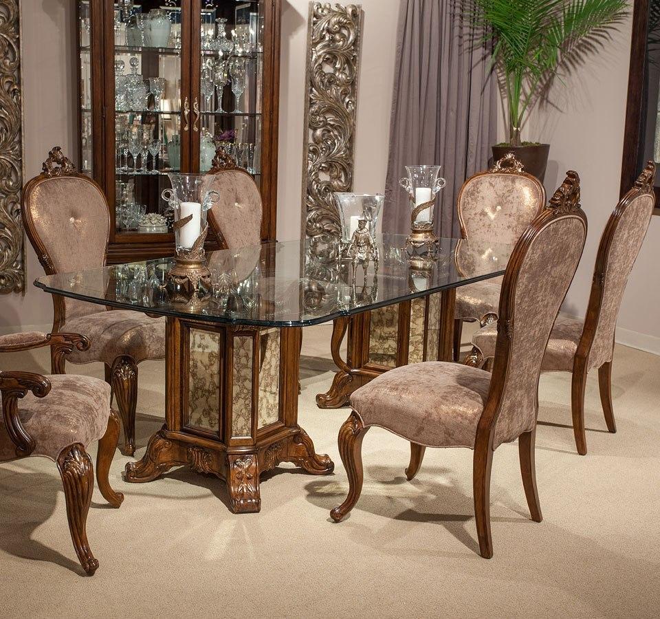 Platine De Royale Rectangular Dining Room Set (Light