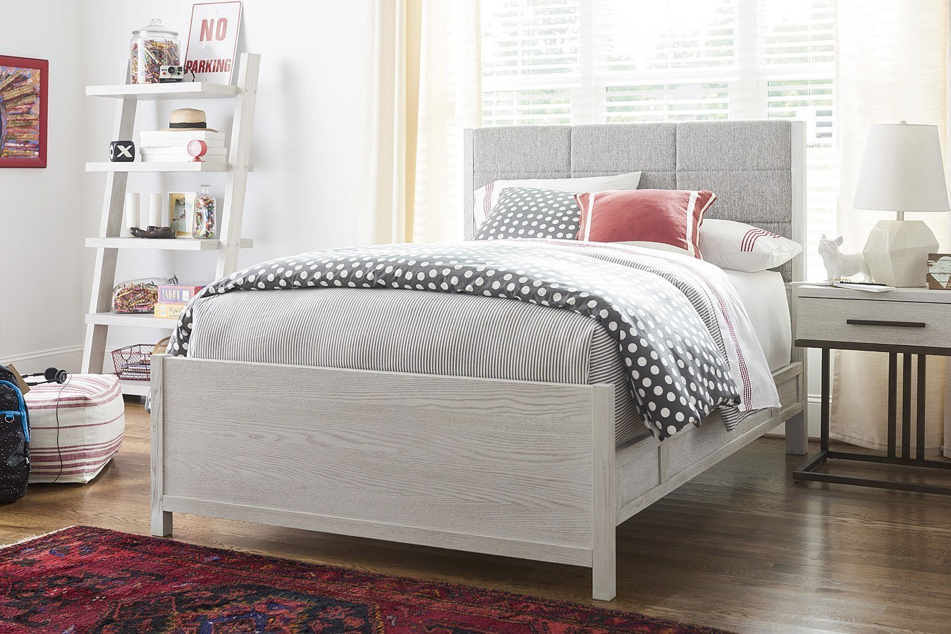 Modern Spirit Queen Upholstered Bedroom Set Smartstuff Furniture Furniture Cart