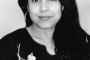 Queen of Dreams by Chitra Banerjee Divakaruni + Author Interview [in AsianWeek]