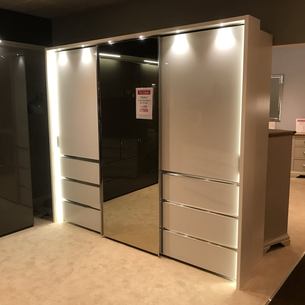 Chambre à Coucher Wiemann Wiemann Malibu 2 5 Metre Wardrobe Clearance Local Delivery Only