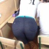 Scene revoltătoare! Un profesor și o studentă SURPRINȘI ÎN TIMP CE FĂCEAU DRAGOSTE în sala de curs. Totul a fost filmat cu telefonul mobil