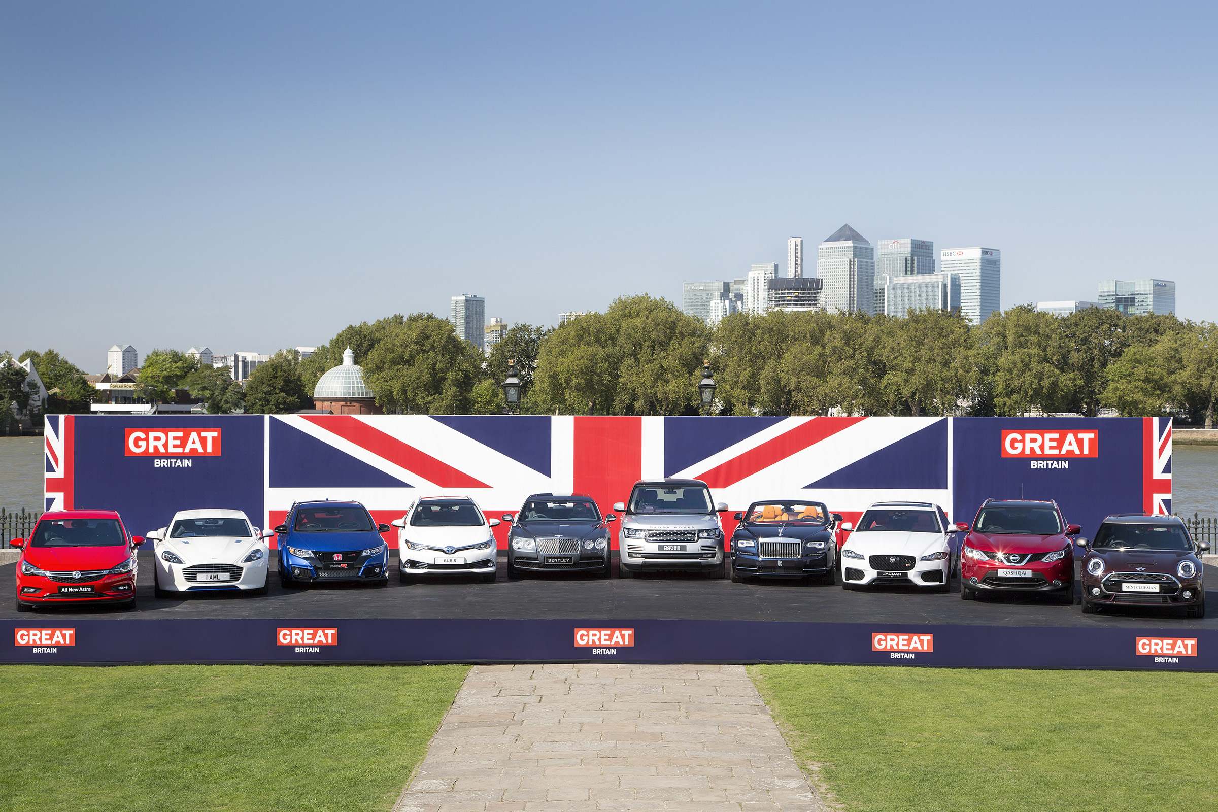 Vehicle Manufacturers In The Uk Best Year In A Decade For British Car Manufacturing As