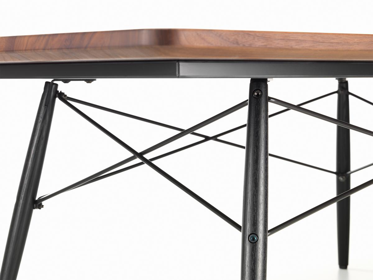 Couchtisch Ray Eames Coffee Table