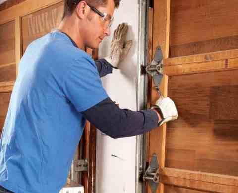 Качественный и быстрый ремонт дверей