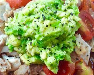 Avocado Hähnchen Salat