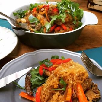 asiatischer Rindfleischsalat mit Glasnudeln