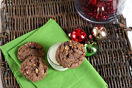 Chocolate Turtle Cookies Recipe | SnappyGourmet.com
