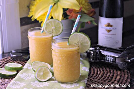 Peach & Honey Sangria Slushies Cocktail Recipe | SnappyGourmet.com