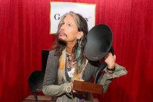 En enero de 2014, el  Gramovox en los  Premios Grammy 2014.