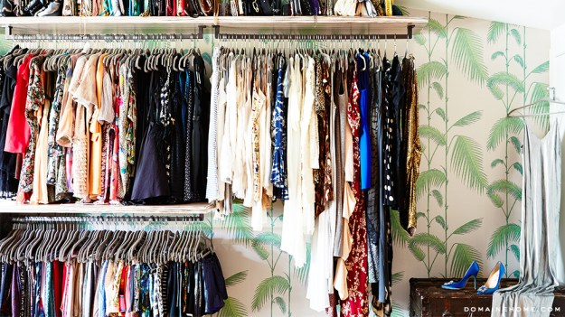 7-bedroom-closet-inspiration-wallpaper-whitney-port-home-tour-venice-domaine-home