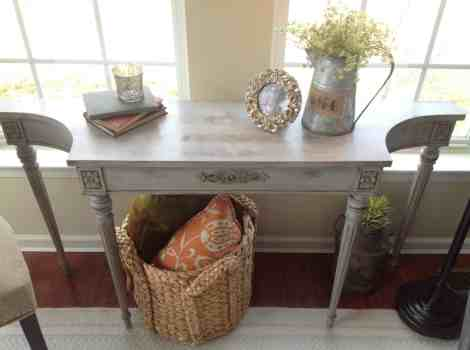 Final Result:  Annie Sloan Chalk Paint Table Makeover