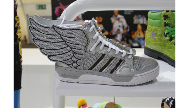 Photo04 - JEREMY SCOTT x ADIDAS ORIGINALS FALL/WINTER 2012