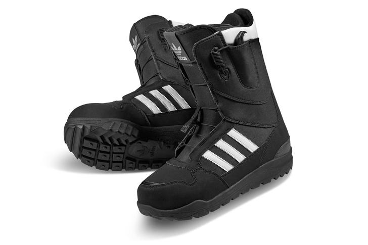 Photo12 - アディダスは、Superstar生誕45周年をセレブレイトしてスノボーディング用にリデザインされたSuperstar Bootを発表