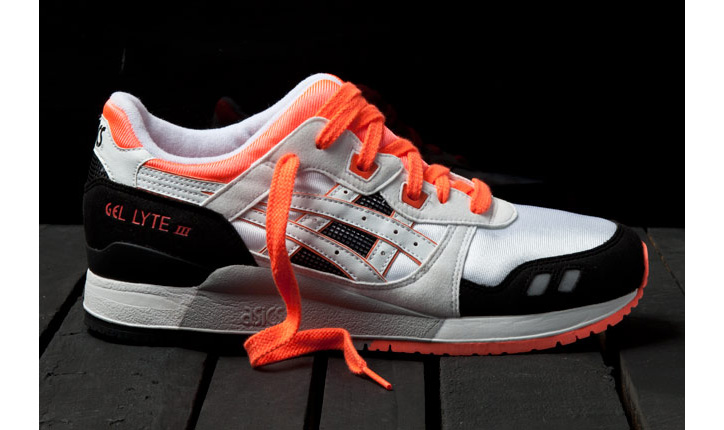 Photo01 - ASICS GEL LYTE III ORANGE BLAZE
