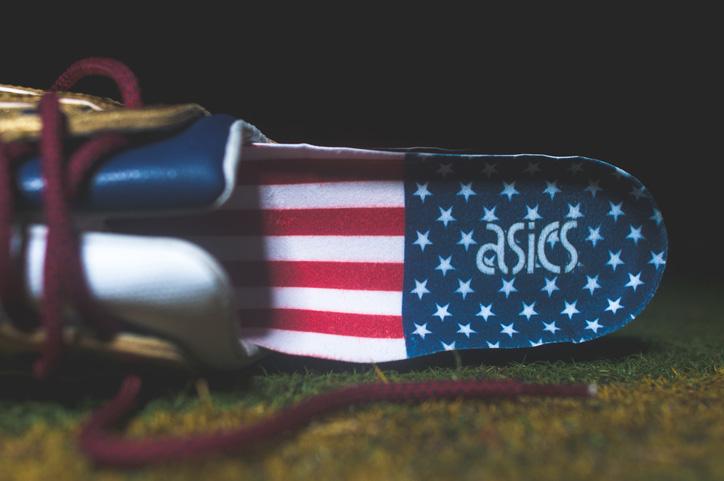 """Photo07 - Ronnie Fieg x ASICS """"KITH Football Equipment"""" Pack"""