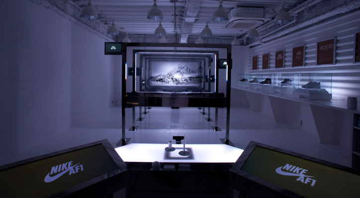 Photo01 - NIKE AIR FORCE ONE ART INSTALLATION VIDEO
