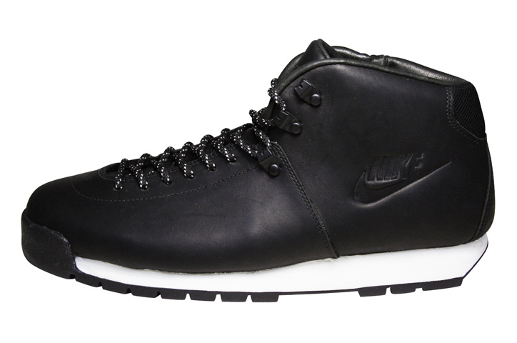 Photo02 - fragment Design x NIKE AIR MAGMA