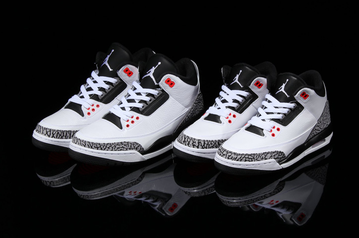 Photo03 - NIKE AIR JORDAN 3 RETRO 2モデル発売