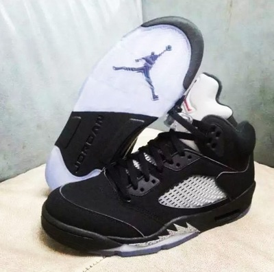 nike-air-jordan-5-black-metallic-2016-sample-2-thumbnail2