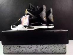 air-jordan-4-royalty-black-gold-9