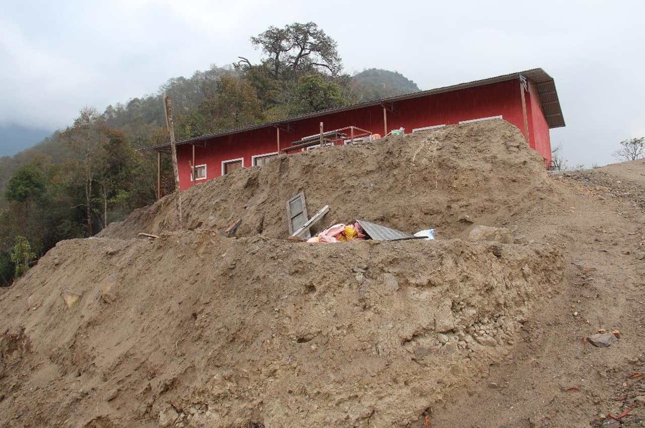 Hangsicherung Metall Kakani School Project Snowland Children Foundation