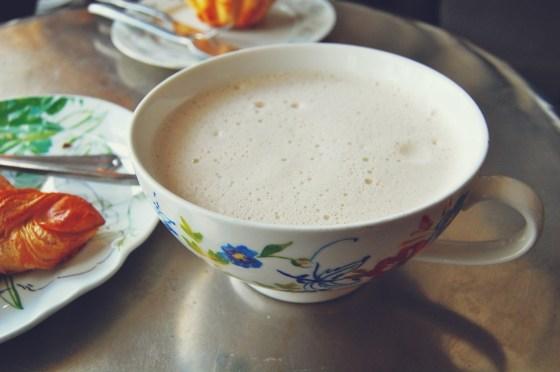 chair tea latte