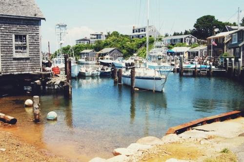 menemsha fishing village