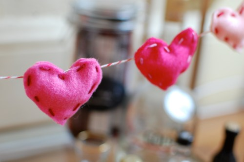 Felt Heart Garland DIY