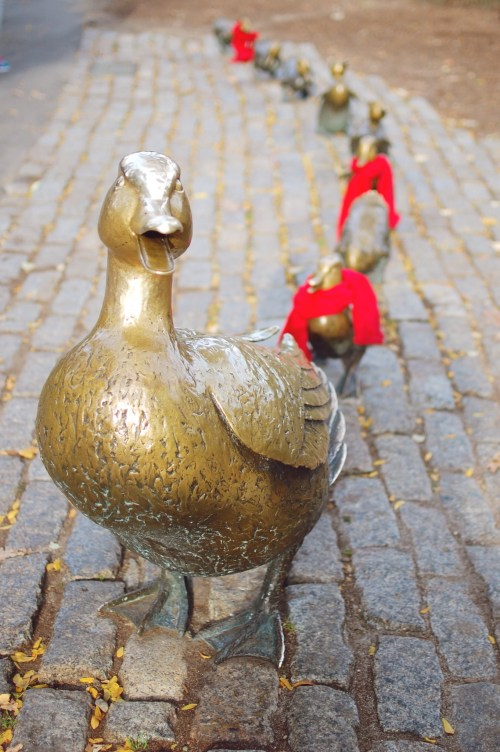 Make Way for Ducklings Statues