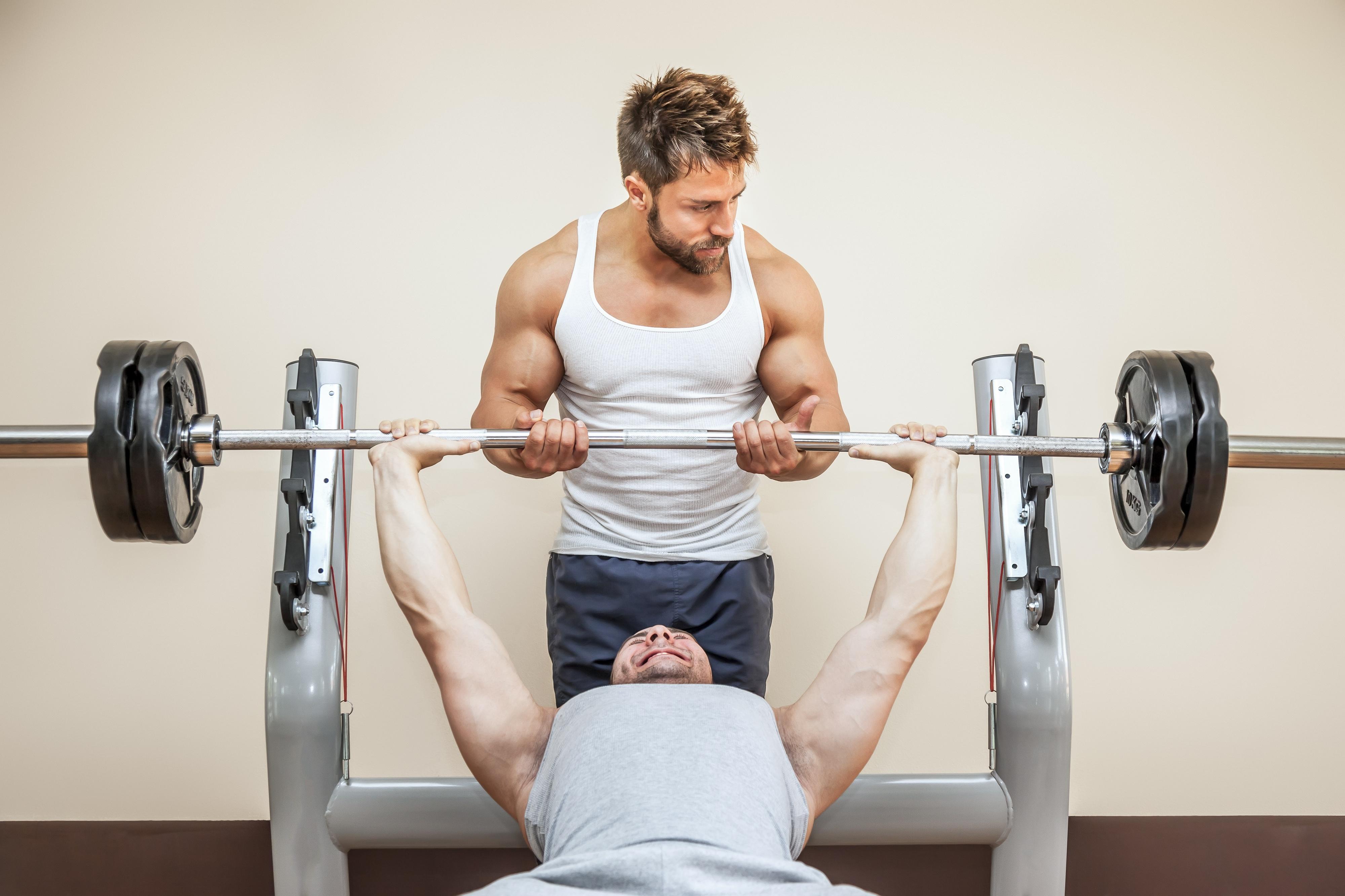 一般的な肉体改造 これはベンチプレス