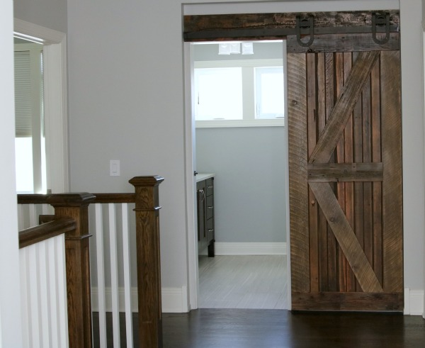 Reclaimed Wood Bathroom Floor Farmhouse Chic: Sliding Barn Doors | So Chic Life