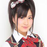 250px-2010年AKB48プロフィール_小野恵令奈_2