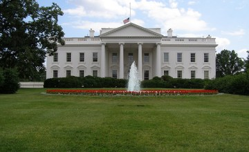white-house-speaks-up-opposes-sopa-and-pipa