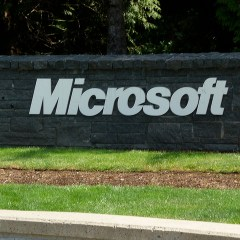 Microsoft backs out of phone business as 1,850 employees set to lose jobs
