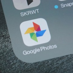 Google Photos can now automatically stabilize videos in your camera roll