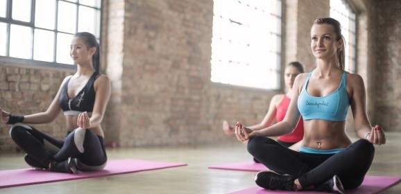 7 tips on how to run a successful yoga retail business