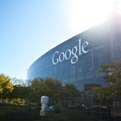 Lawyers sue Google for tracking users with Location History turned off