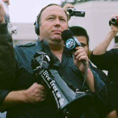 Twitter forever bans Alex Jones, Infowars content after new violations