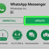 WhatsApp's new update makes it easier to automatically play multiple voice messages