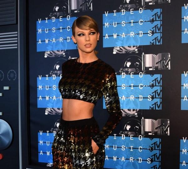 Best-Dressed-VMAs-Taylor-Swift